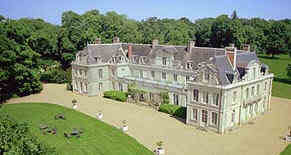 assurance Château des Briottieres Dominique de la Fouchardière