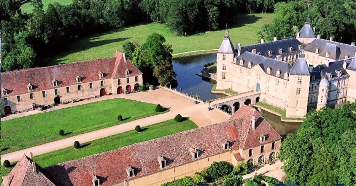 SLA Assurance - Conférence débat au château de Sully