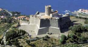 assurance Château Fort Saint Elme Dominique de la Fouchardière
