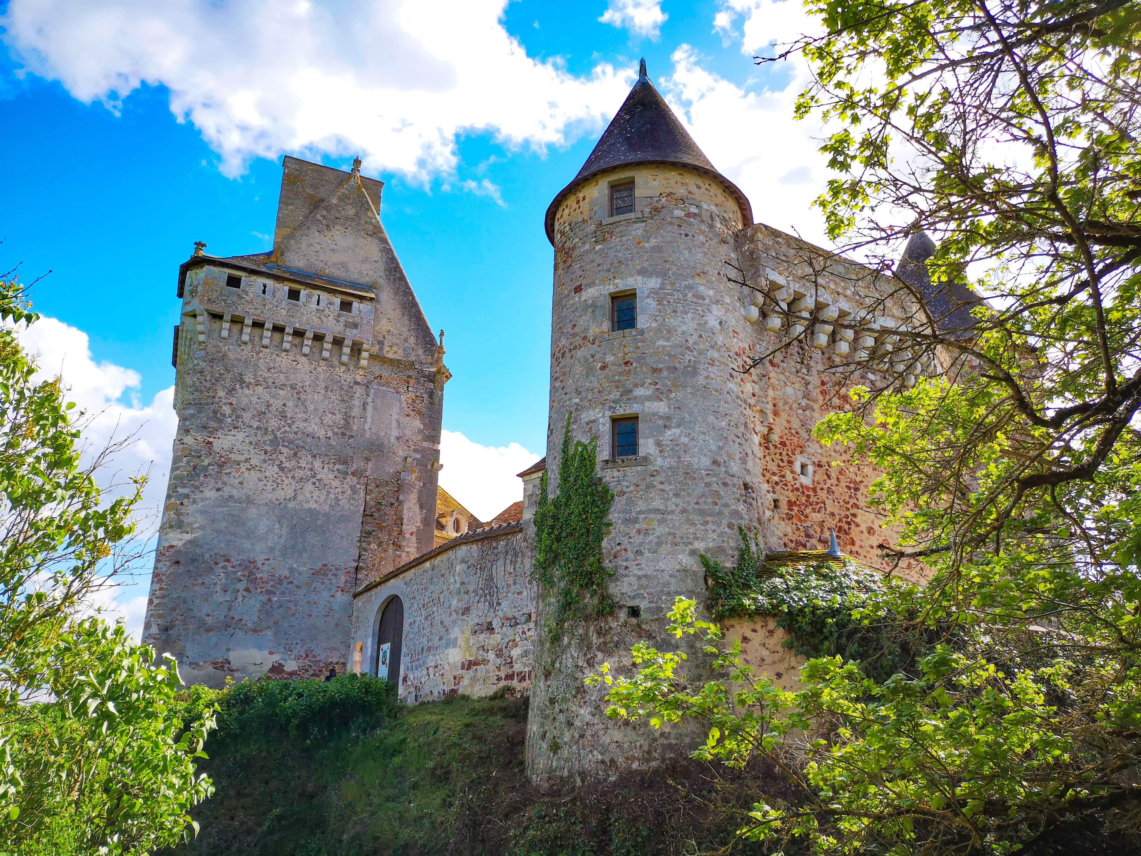 Gaëtane Durand-Lespine, propriétaire des châteaux du Bouchet et la Groirie
